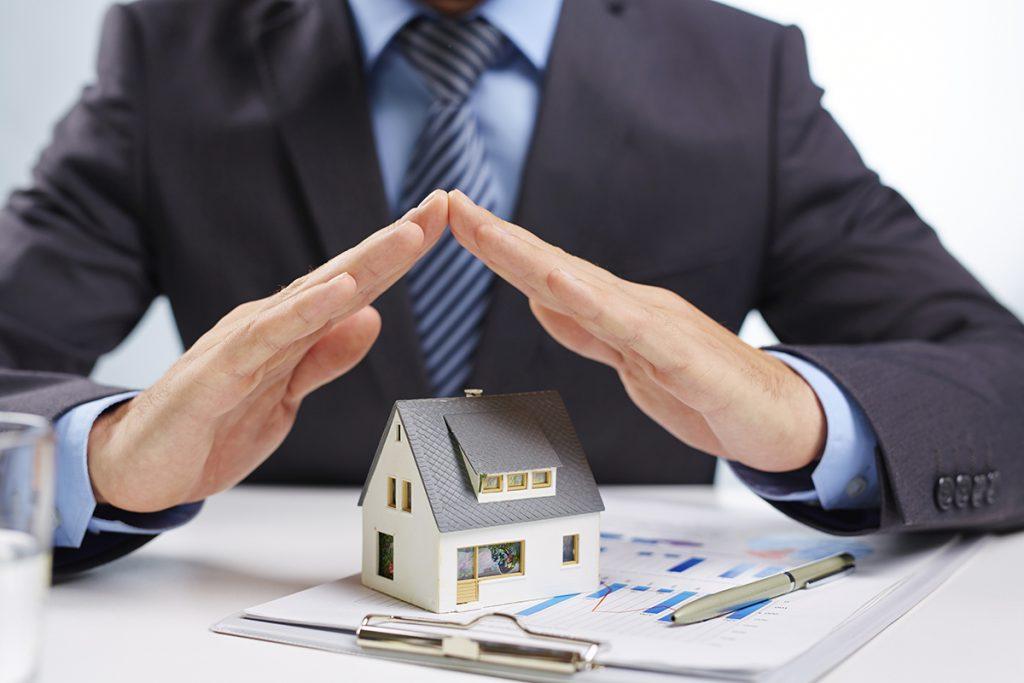 юрист сделки с недвижимостью